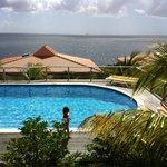 lekker zwemmen bij Caribbean Club