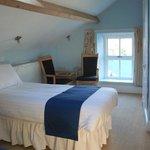 Twin room en suite at Bryn Llewelyn Bed and Breakfast
