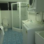 All facilities you need including washing machine & tumble dryer