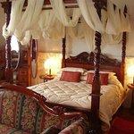 Honeymoon En-suite with sea view