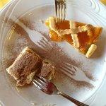 tiramisú e crostata d'albicocche