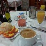 Frukosten på La Carreta / Hostal Virgen del Rocio
