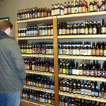 Browsing the single bottles of beer