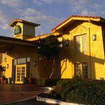 Front of La Quinta Denton, TX