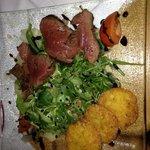 Filet malinese mit Rucula und Parmesan