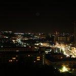 9階バルコニーからの眺め(夜)
