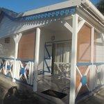 notre bungalow vu de la piscine