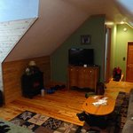 Black Bear Honeymoon suite - looking toward the door