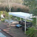 la terrasse extérieure et le jardin