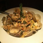 linguine and clams W/ white sauce