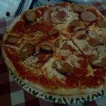 Tre Porcellini pizza