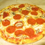 Hand-Sliced Mushrooms & Pepperoni..
