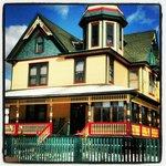 The Albert Stevens Inn