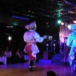 Scissor Dancers - Danza de las Tijeras