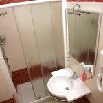 il bagno nuovo e sempre ben pulito