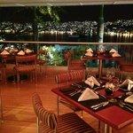 Vista a la Bahia de Acapulco desde Tony's