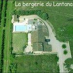 Vue aérienne de la Bergerie du Lantana