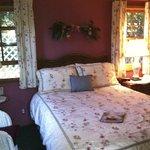 Jaracanda room