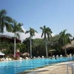 piscina central irotama resort