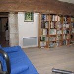 bibliothèque, salle de détente