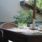 área reservada para o café da manhã jardim