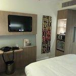 Desk area Room 1004 Novotel Blackfriars London