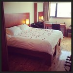 petals on the bed!