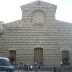 Romanesque design of San Lorenzo is relatively austere when compared to other Florentine churche