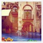 Magnifique piscine extérieure chauffée
