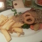 so tasty (steak and chips)