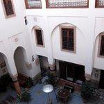 Lobby & Dining area