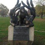 Dzok Monument