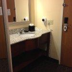 Sink Outside Toilet/Tub Room