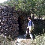 tipica barraca por las montañas de Torrelles de Foix