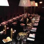 Roomers Frankfurt , eingedeckter Tisch für unser Geburtstags Essen
