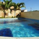 piscina muito limpa