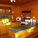 Bushbaby Tree Cabin - Self-catering Kitchen