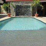 Pool w/ Waterfall