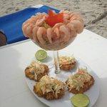 Lunch en la orilla del mar