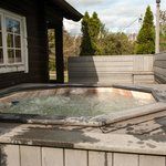 Log Cabin Hot Tub