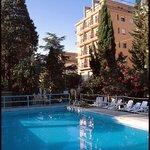 Photo de Hotel Minerva