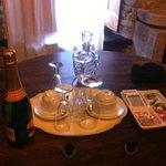 tavolo con prosecco di benvenuto
