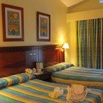 Suite 1527