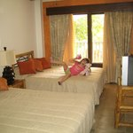 2nd room with 2 double beds