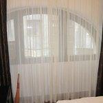 King's Hotel bedroom 4