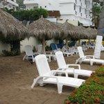 Section Papala avec les chaises réservées par le staff