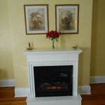 Great little fireplace adds warmth and ambience!