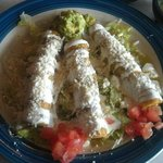 Lunch sized Flautas de Pollo for 5.99