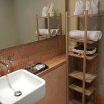Neat & spotless bathroom