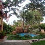 Treetops Guest House Garden